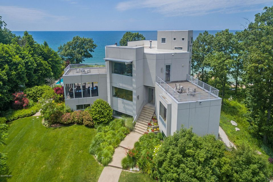 Single Family Home for Sale at 7400 Pinnacle 7400 Pinnacle South Haven, Michigan 49090 United States