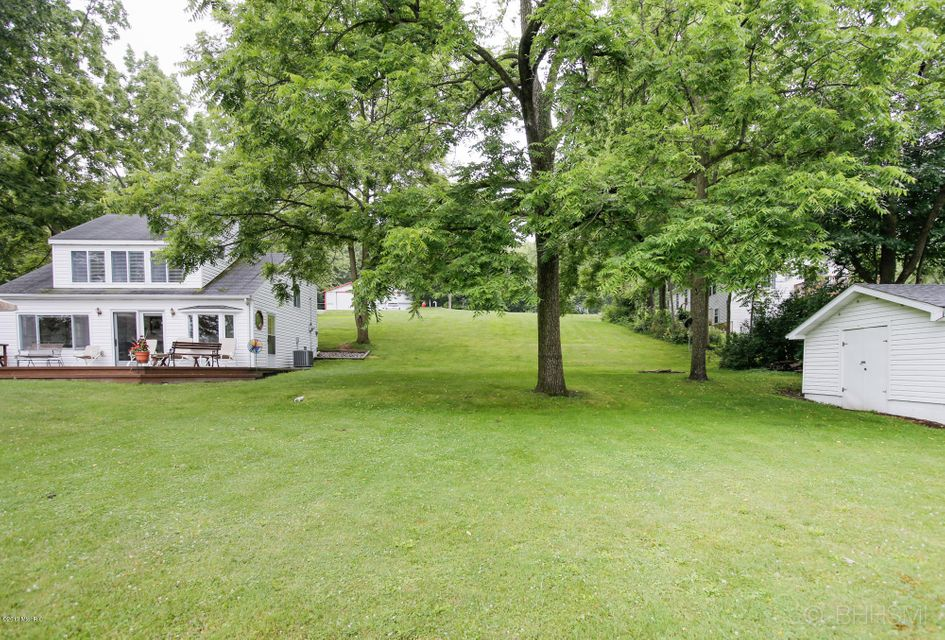 3685 Richardson , Gobles, MI 49055 Photo 26