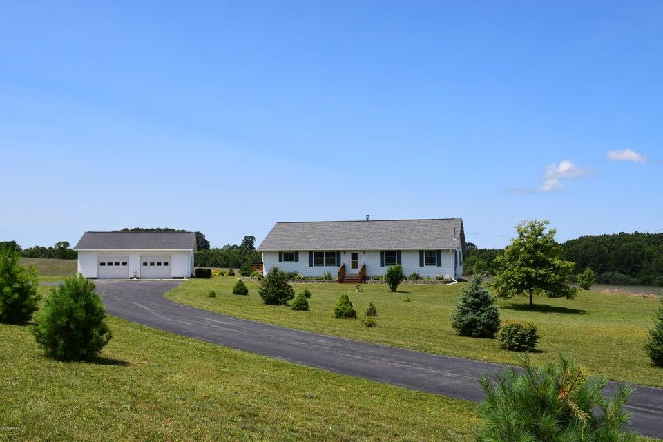 Farm / Ranch / Plantation for Sale at 5570 Archer Road 5570 Archer Road Brethren, Michigan 49619 United States