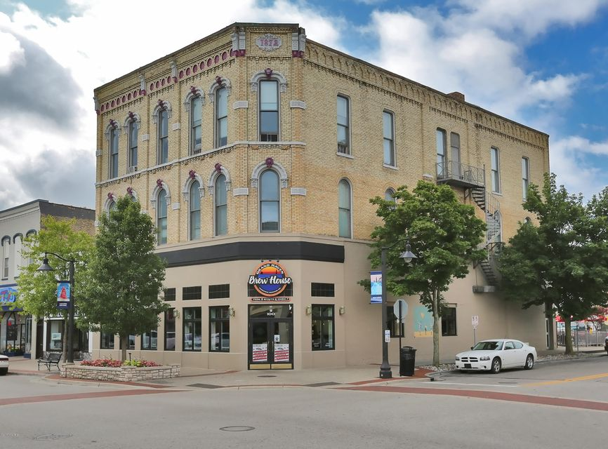 Commercial for Sale at 100 Washington Avenue 100 Washington Avenue Grand Haven, Michigan 49417 United States