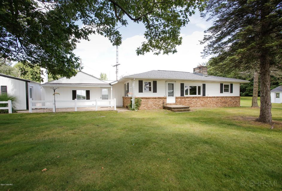 381 Cedar Lake , Marshall, MI 49068 Photo 4