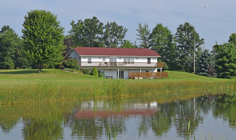 Farm / Ranch / Plantation for Sale at 8189 Maple Island Holton, Michigan 49425 United States