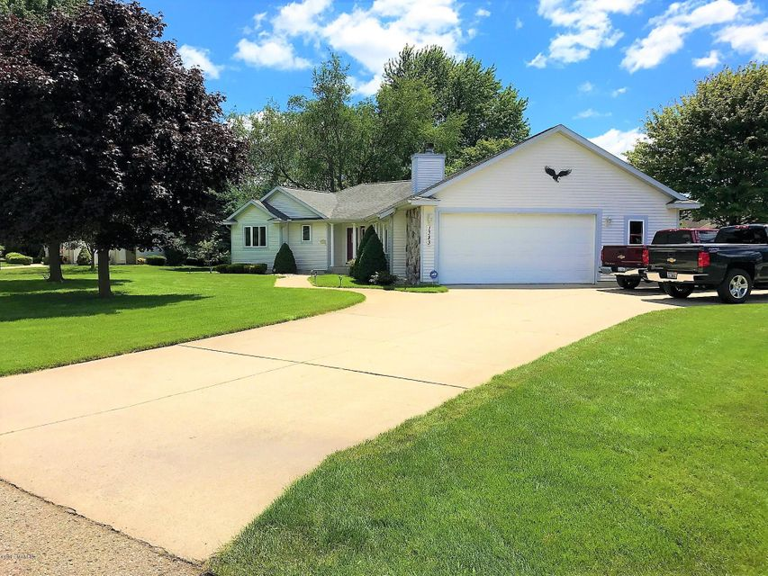 Single Family Home for Sale at 1383 Rambling Creek 1383 Rambling Creek Muskegon, Michigan 49441 United States