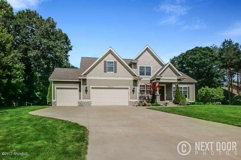 Single Family Home for Sale at 18924 Whispering Pines Spring Lake, Michigan 49456 United States