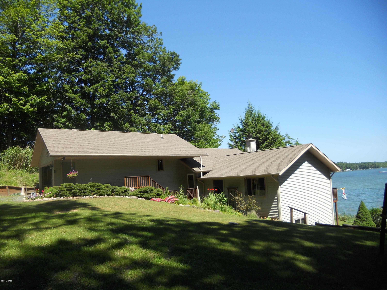 Single Family Home for Sale at 6818 Vesper 6818 Vesper Ludington, Michigan 49431 United States