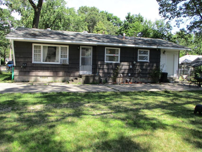 Single Family Home for Sale at 3220 Jefferson Muskegon Heights, Michigan 49444 United States