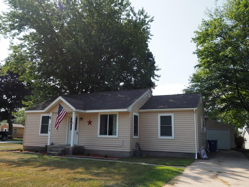 Single Family Home for Sale at 736 Summer Spring Lake, Michigan 49456 United States