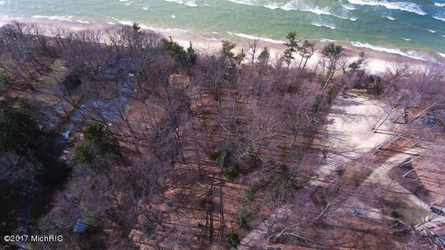 13870 S Cherry Beach Rd Lakeside, MI 49128 Photo 2