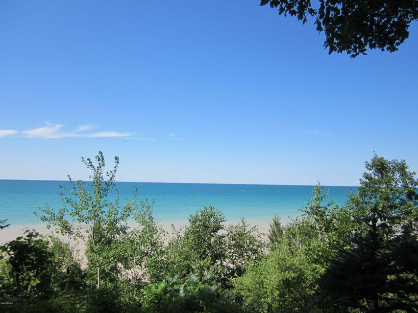 Land for Sale at Hollywood Hollywood Manistee, Michigan 49660 United States