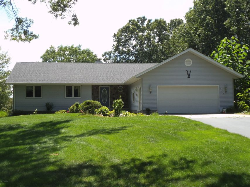 Single Family Home for Sale at 785 Whispering Oaks Muskegon, Michigan 49445 United States