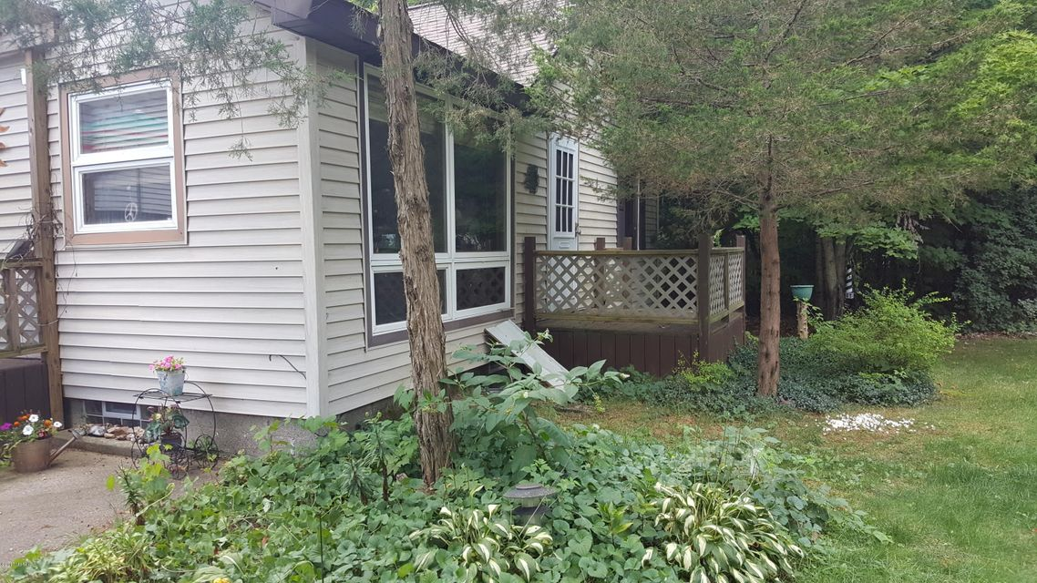 Single Family Home for Sale at 1681 Duck Lake 1681 Duck Lake Muskegon, Michigan 49445 United States