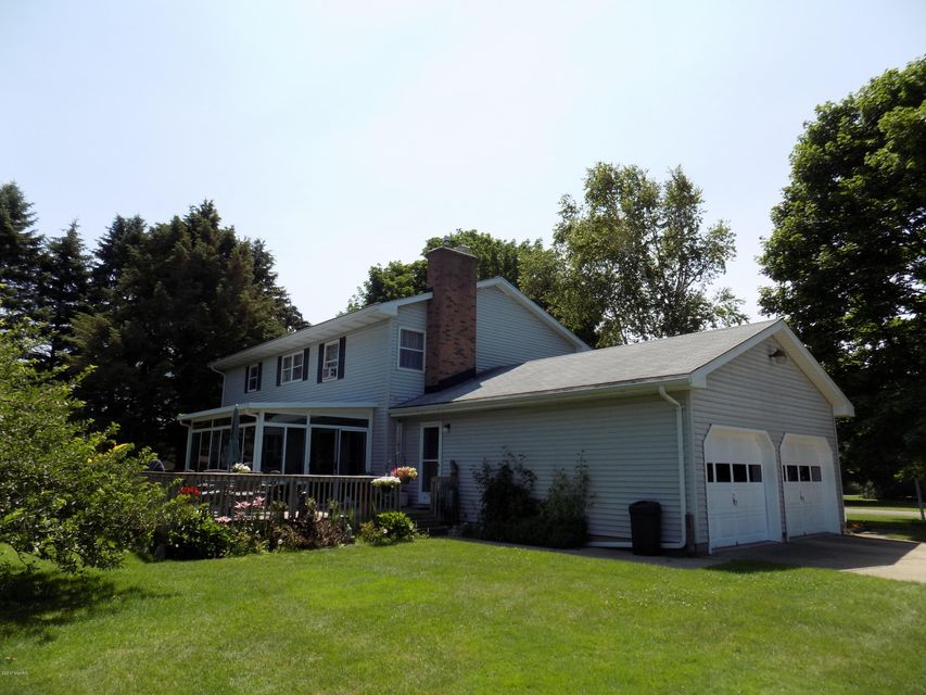 Single Family Home for Sale at 1581 Arbor 1581 Arbor Manistee, Michigan 49660 United States
