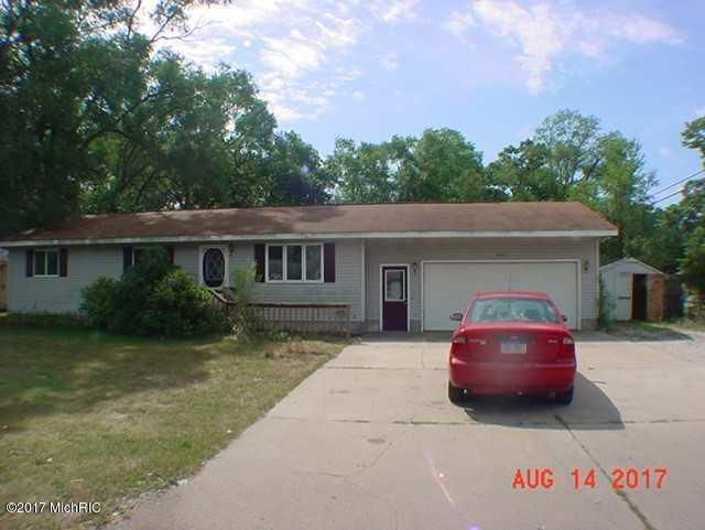 Single Family Home for Sale at 2407 MacArthur Muskegon, Michigan 49442 United States