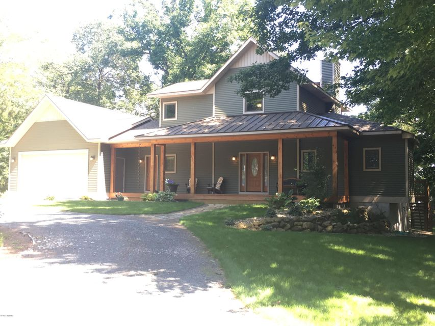 Single Family Home for Sale at 3271 Lakeshore Manistee, Michigan 49660 United States