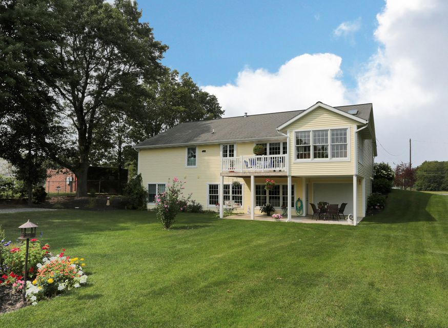 Single Family Home for Sale at 14314 State 14314 State Nunica, Michigan 49448 United States