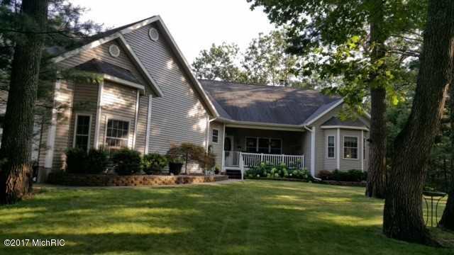 Single Family Home for Sale at 2411 Raymond 2411 Raymond Twin Lake, Michigan 49457 United States