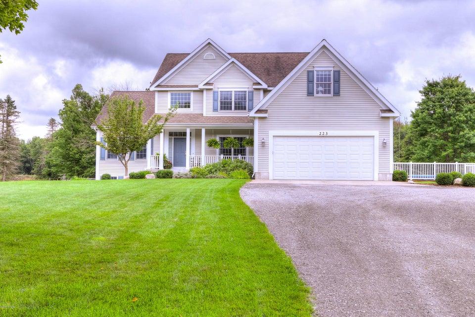 Farm / Ranch / Plantation for Sale at 223 Mt Garfield 223 Mt Garfield Norton Shores, Michigan 49441 United States