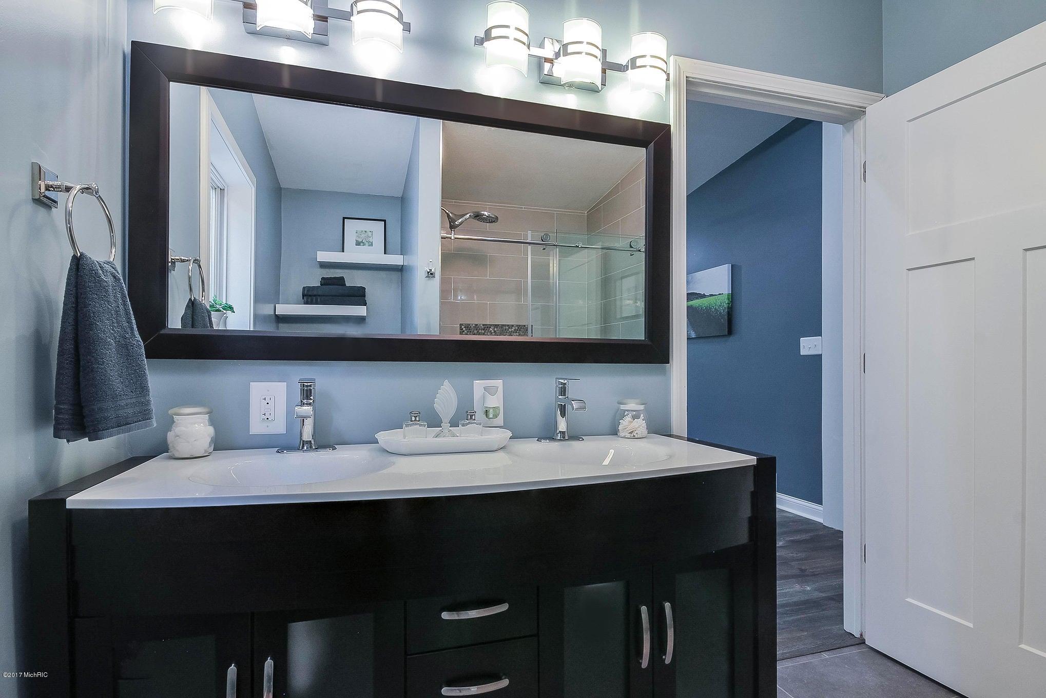 Bathroom Cabinets Grand Rapids Mi 3502 bayberry drive nw, grand rapids, mi, 49544, mls # 17042915