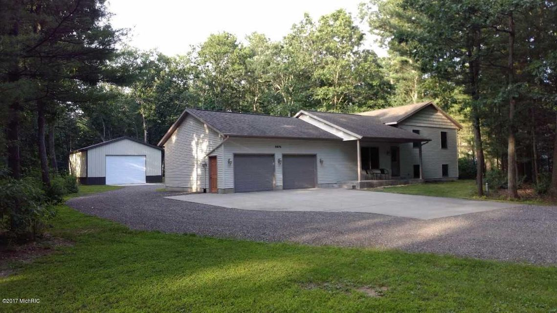 Single Family Home for Sale at 2672 River 2672 River Twin Lake, Michigan 49457 United States