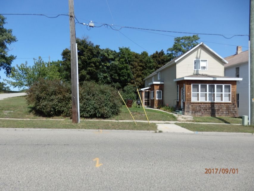Single Family Home for Sale at 212 Fifth 212 Fifth Manistee, Michigan 49660 United States