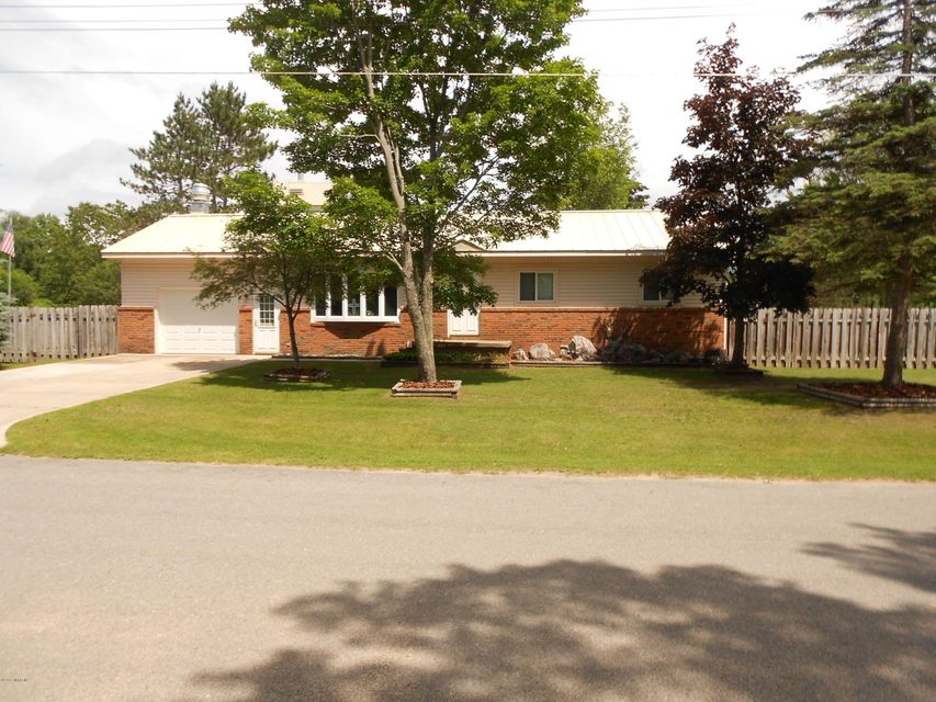 Single Family Home for Sale at 1605 Spruce 1605 Spruce Wellston, Michigan 49689 United States