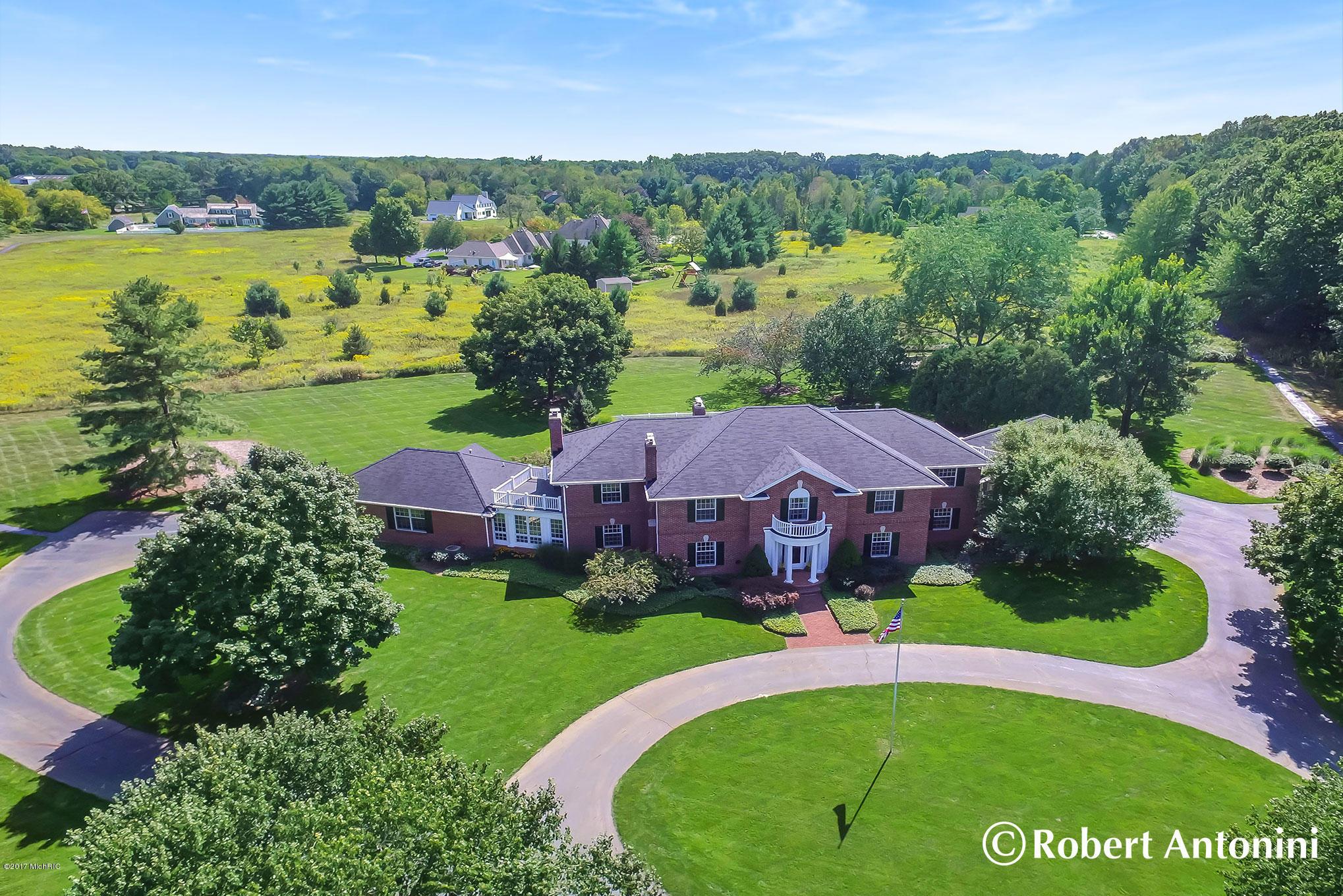 Single Family Home for Sale at 4610 Bradford 4610 Bradford Grand Rapids, Michigan 49525 United States