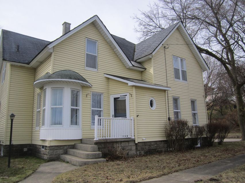 Single Family Home for Sale at 1401 Manistee 1401 Manistee Manistee, Michigan 49660 United States