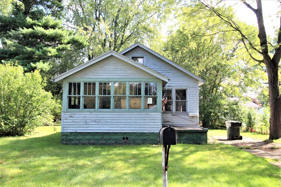 Single Family Home for Sale at 1938 Dowd 1938 Dowd Muskegon, Michigan 49441 United States
