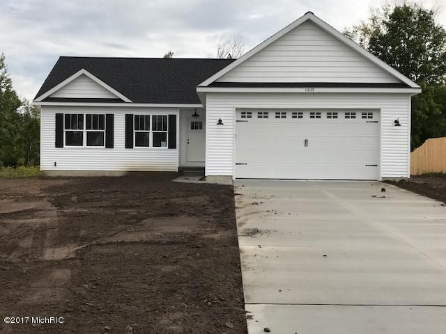 Single Family Home for Sale at 11839 Deerfield Ravenna, Michigan 49451 United States