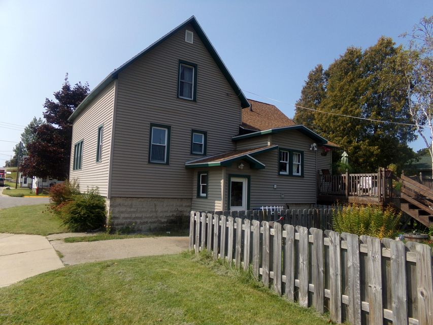 Single Family Home for Sale at 1023 Ramsdell 1023 Ramsdell Manistee, Michigan 49660 United States