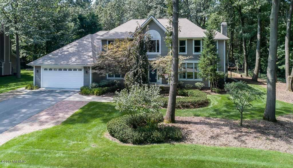 Single Family Home for Sale at 3979 Lake Point 3979 Lake Point Norton Shores, Michigan 49441 United States