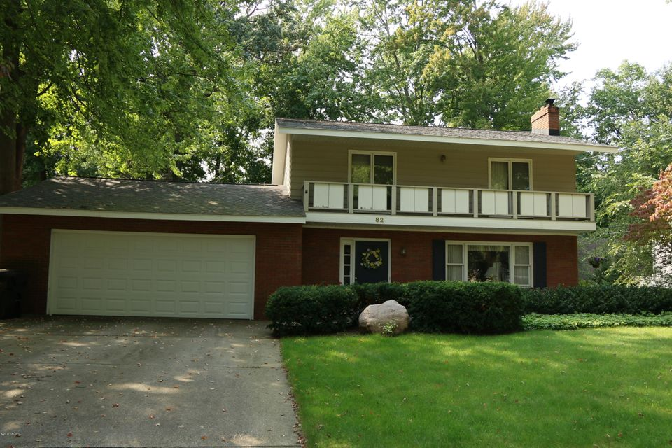 Single Family Home for Sale at 82 Oakwood Holland, Michigan 49424 United States
