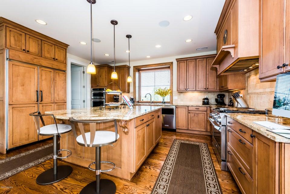 Additional photo for property listing at 107 Lighthouse Dunes 107 Lighthouse Dunes St. Joseph, Michigan 49085 United States