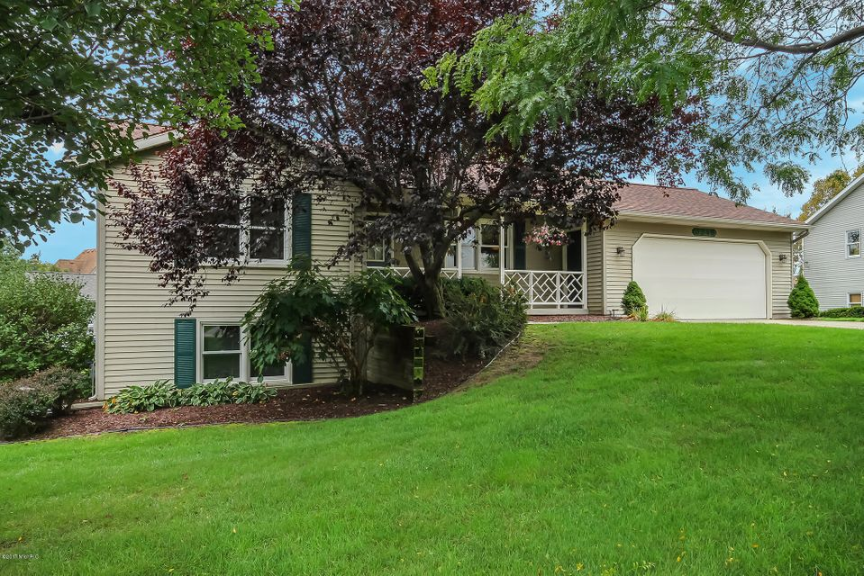 Single Family Home for Sale at 3240 Nobb Hill Hudsonville, Michigan 49426 United States