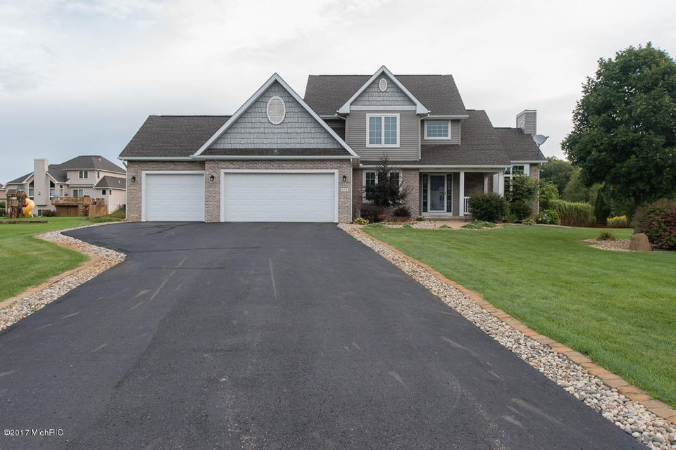 Single Family Home for Sale at 116 Sawgrass 116 Sawgrass Battle Creek, Michigan 49015 United States