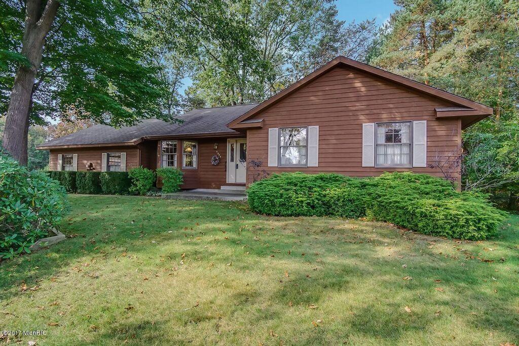 Single Family Home for Sale at 4985 Dorchester 4985 Dorchester Muskegon, Michigan 49441 United States