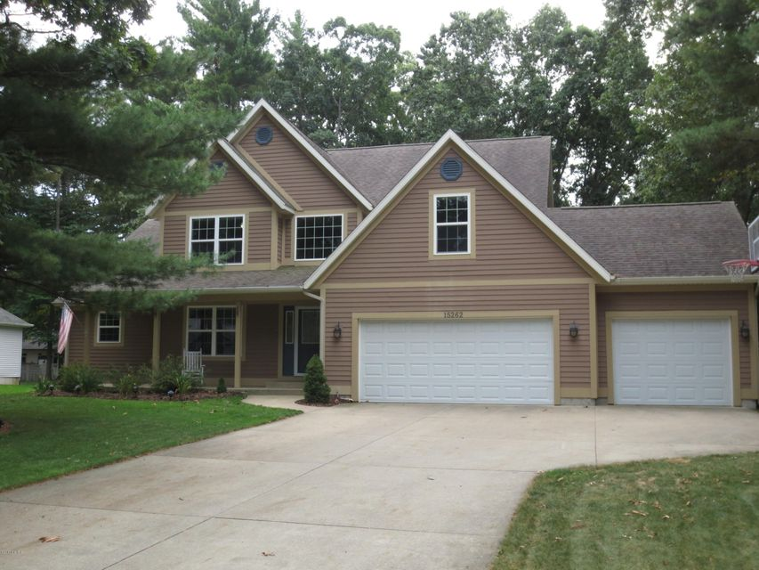 Single Family Home for Sale at 15262 Scenic 15262 Scenic Spring Lake, Michigan 49456 United States