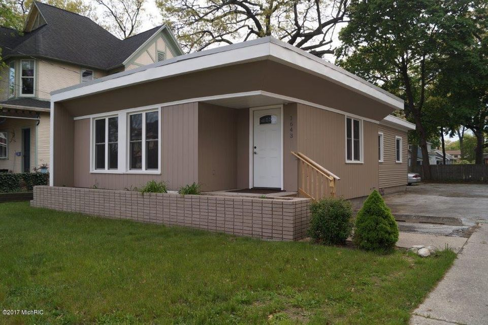 Single Family Home for Sale at 1643 Peck 1643 Peck Muskegon, Michigan 49441 United States