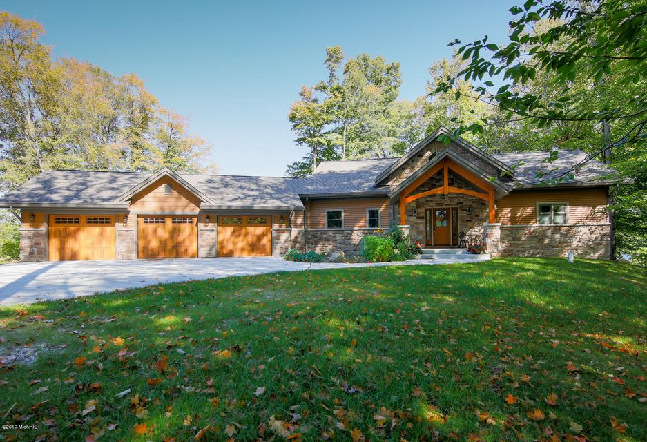Single Family Home for Sale at 1499 Timber Ridge Bay 1499 Timber Ridge Bay Allegan, Michigan 49010 United States