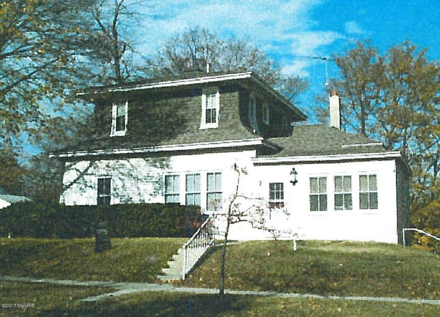 Single Family Home for Sale at 10 Magill 10 Magill Manistee, Michigan 49660 United States