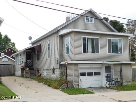 Single Family Home for Sale at 231 Fifth 231 Fifth Manistee, Michigan 49660 United States