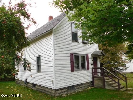 Single Family Home for Sale at 249 Ninth 249 Ninth Manistee, Michigan 49660 United States