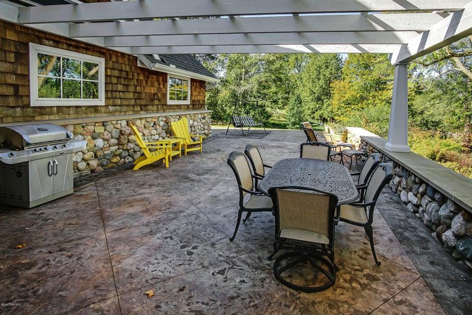 4677 Lake Pines , Berrien Springs, MI 49103 Photo 10