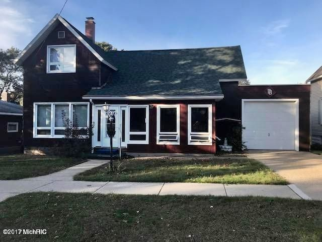 Single Family Home for Sale at 290 Fifth 290 Fifth Manistee, Michigan 49660 United States