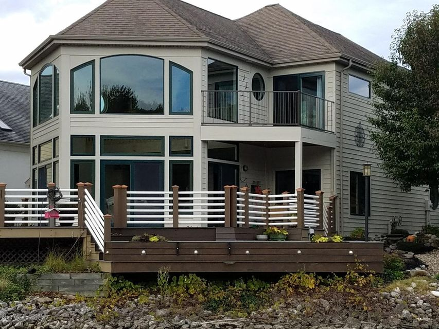 Single Family Home for Sale at 2309 RIVERSIDE POINT 2309 RIVERSIDE POINT St. Joseph, Michigan 49085 United States