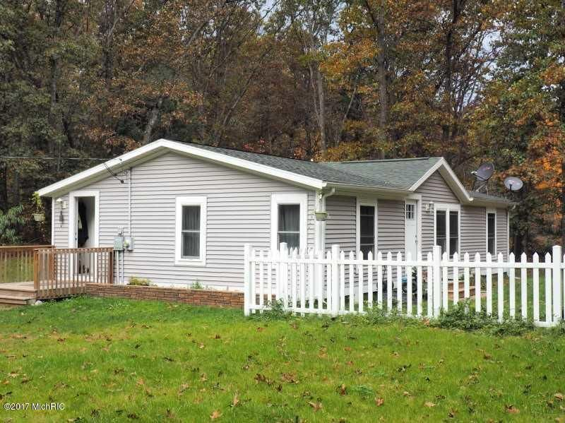 Single Family Home for Sale at 5908 Ryerson 5908 Ryerson Twin Lake, Michigan 49457 United States