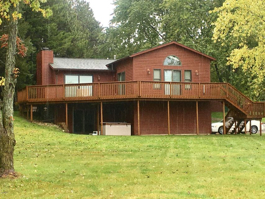 Single Family Home for Sale at 2275 Holiday 2275 Holiday Mears, Michigan 49436 United States