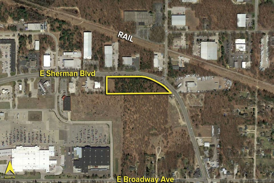 Land for Sale at VL Sherman VL Sherman Muskegon, Michigan 49444 United States