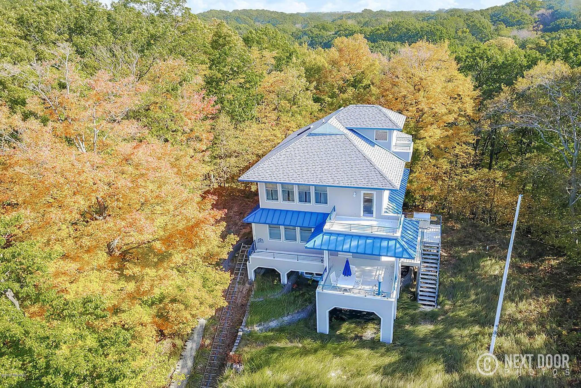 独户住宅 为 销售 在 6780 Helena 6780 Helena 西奥利弗, 密歇根州 49460 美国