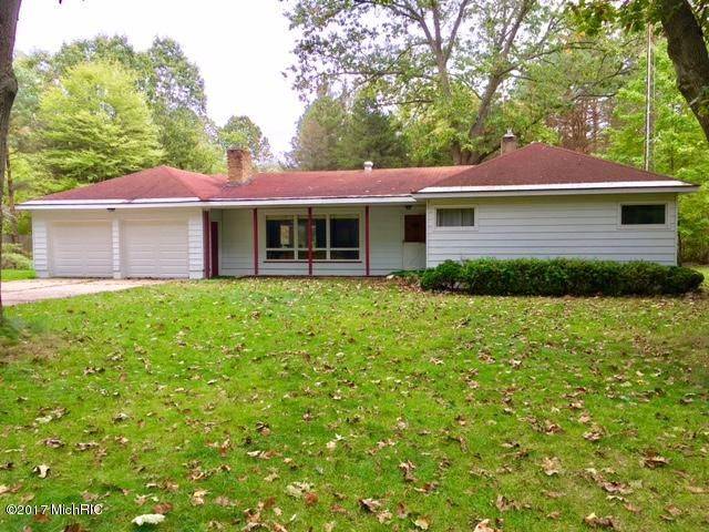 Single Family Home for Sale at 8810 Cedar Creek 8810 Cedar Creek Holton, Michigan 49425 United States